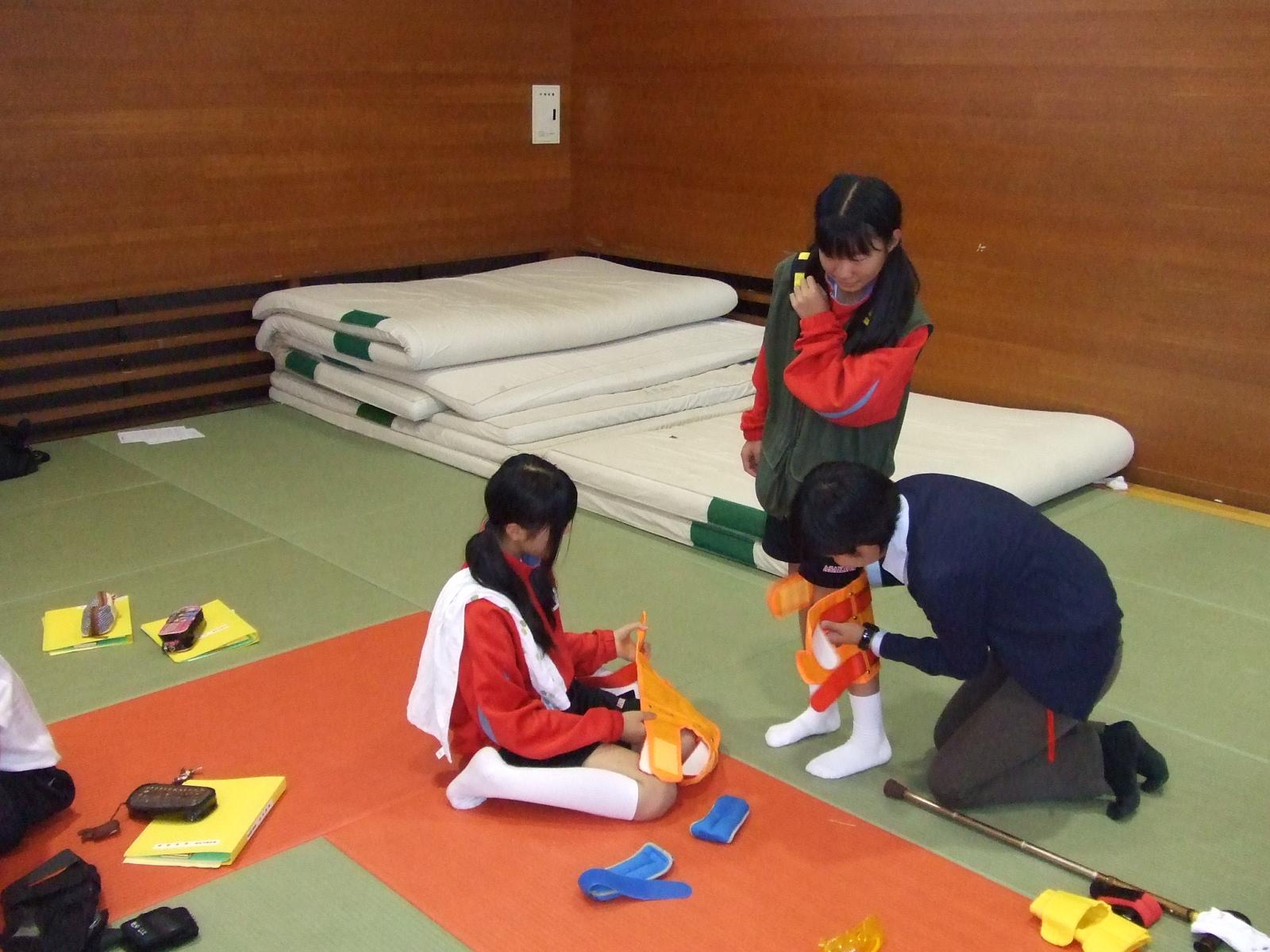 浅川中学校・福祉体験教室00132.jpg