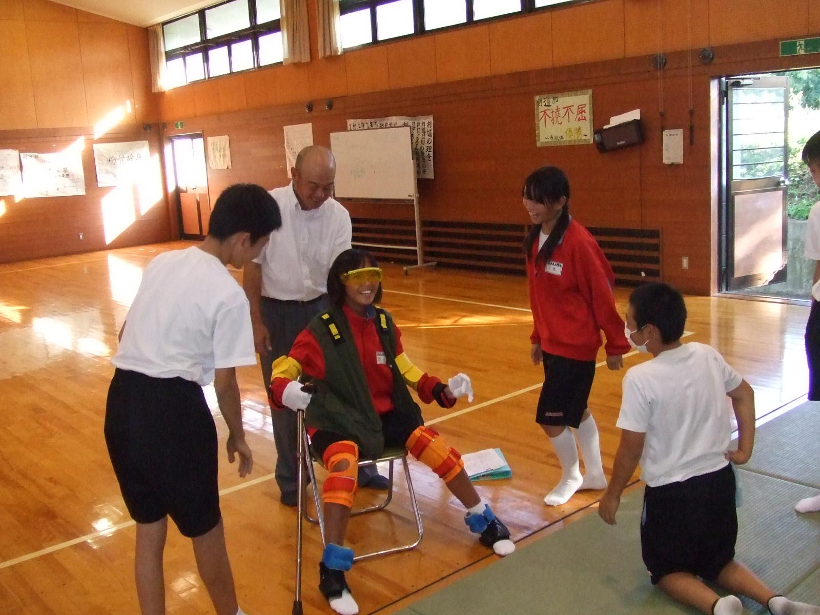 浅川中学校・福祉体験教室00134.jpg