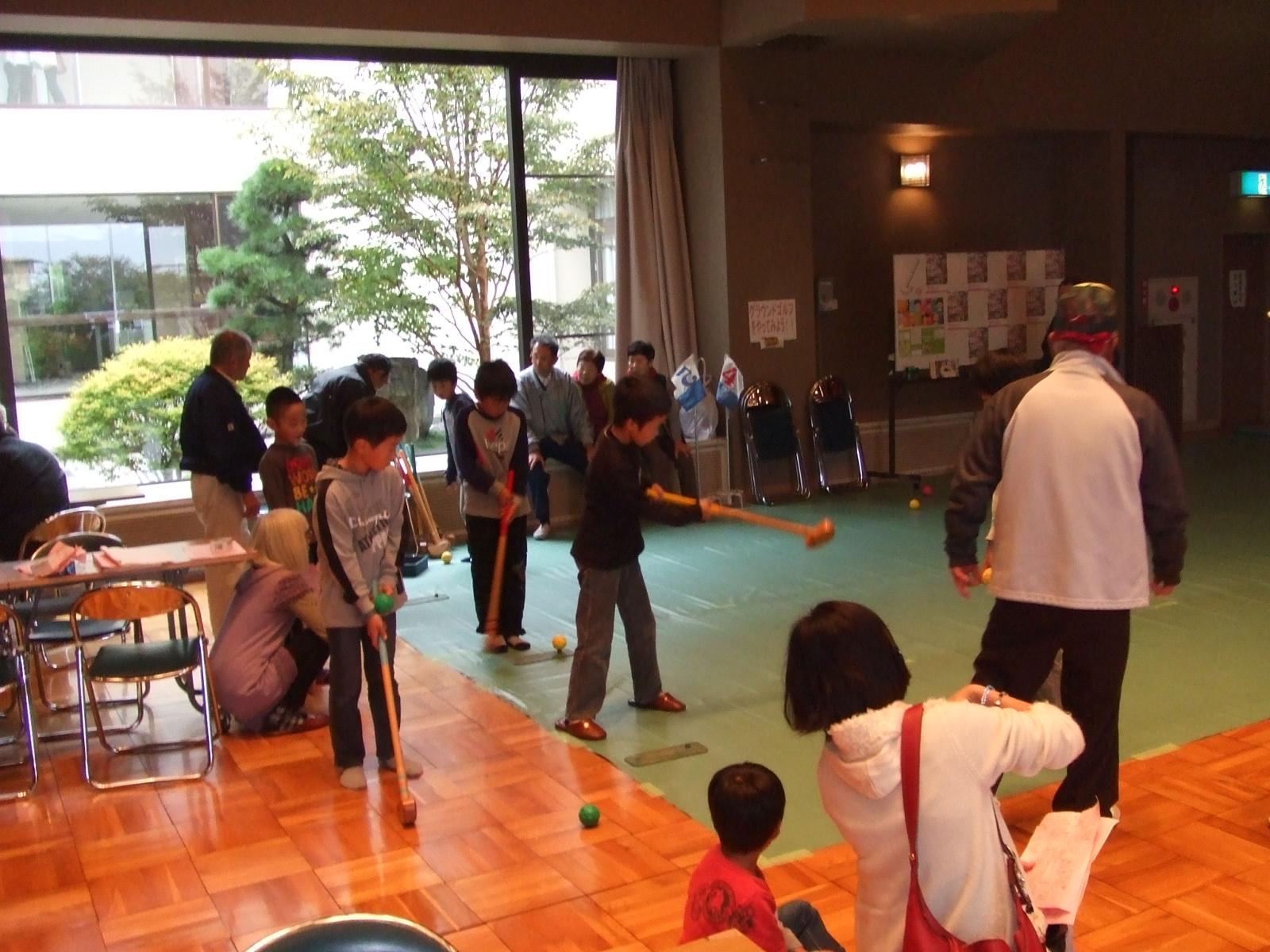 子どもフェスタ2012・グラウンドゴルフ3