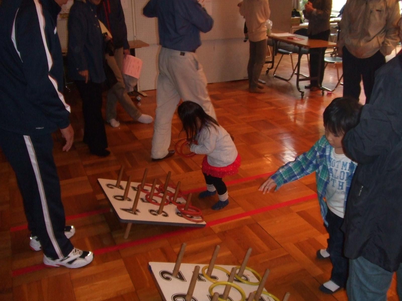 子どもフェスタ2012・輪投げ2