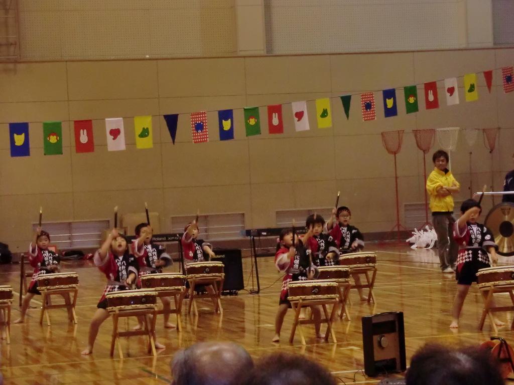 八代保育園太鼓演奏2